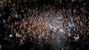 Peter Gabriel - Crowd Surfing