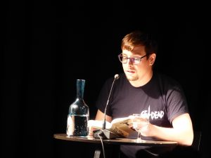 Thomas Mulitzer liest aus TAU