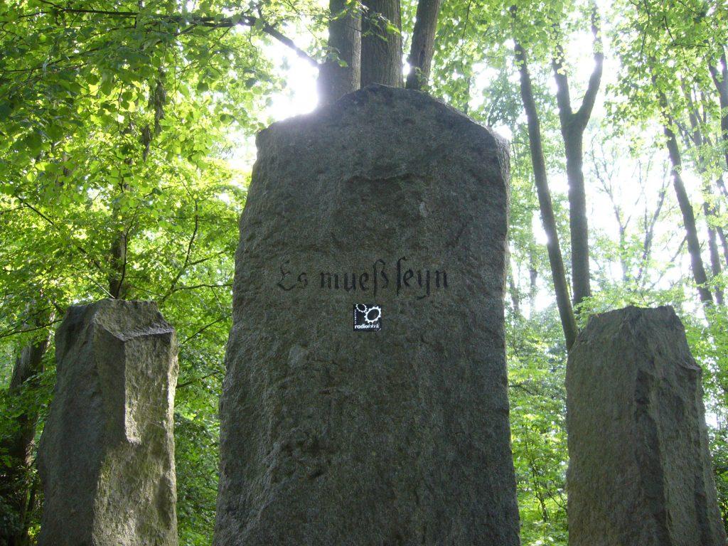 Ohne Worte. (Bauernkriegesdenkmal, Emlinger Holz, nahe Eferding)