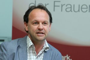 Demokratie als Revolte - Markus Pausch