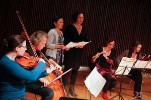 Jamilia Jazylbekova und Ensemble