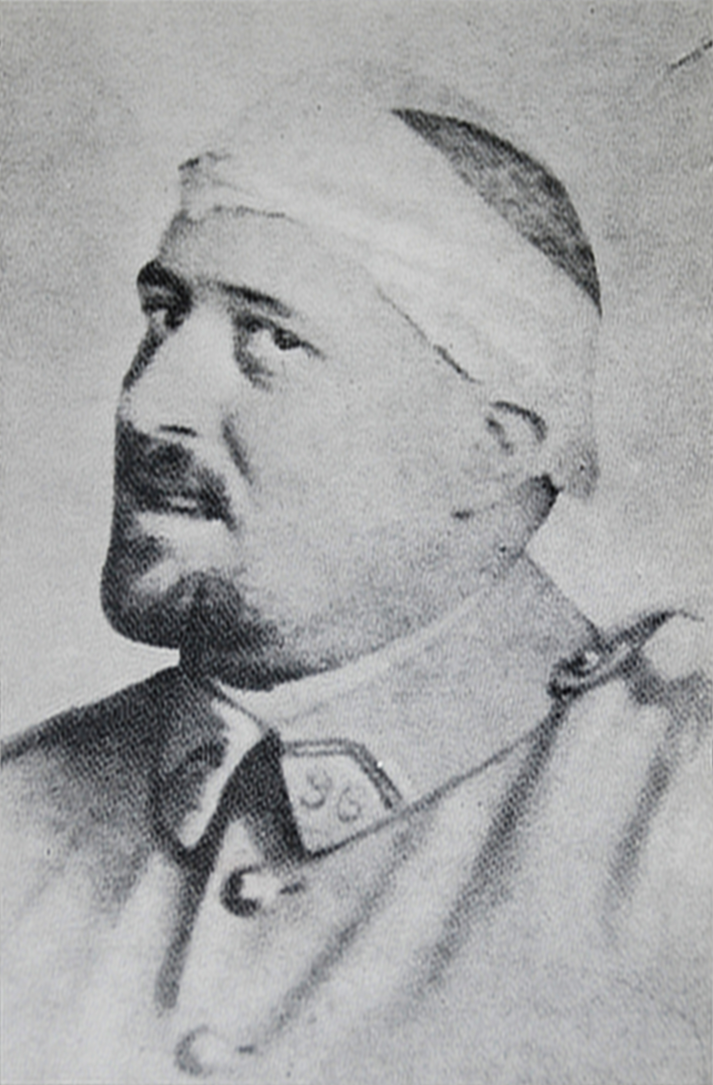 Second Lieutenant Guillaume Apollinaire (Wikipedia)